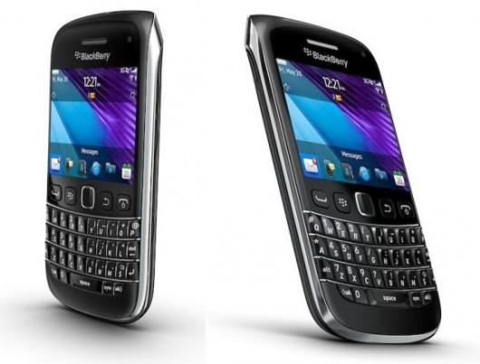 Feriti e ossa rotte per il nuovo Blackberry 9790