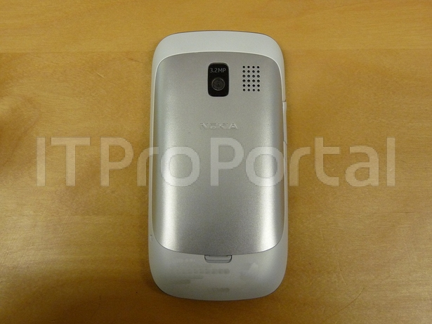 Prime Foto Per il Nokia Asha 302