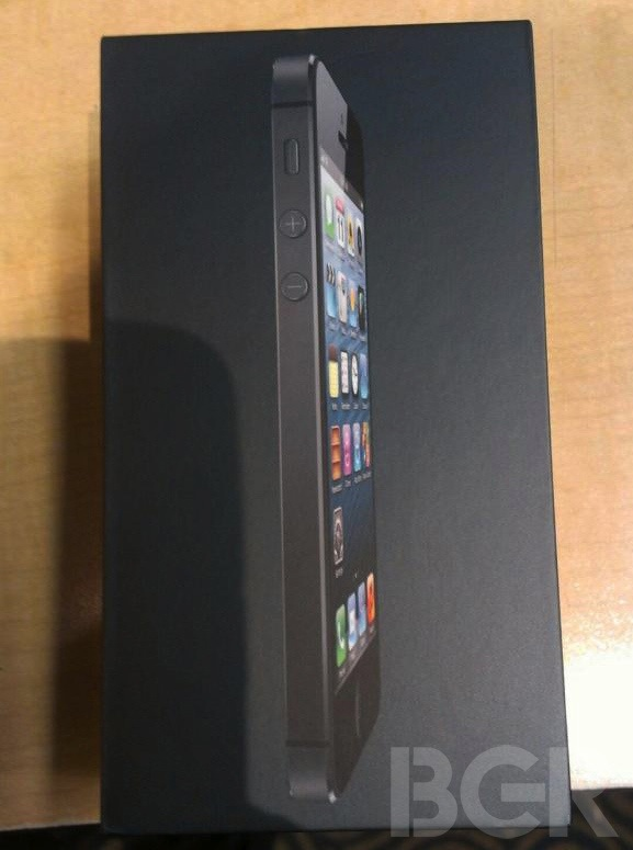 iPhone5-unboxing-3