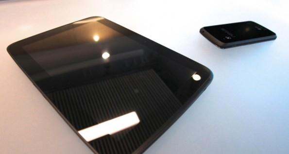 Google ufficializza il Nexus 10, ecco specifiche e prezzi