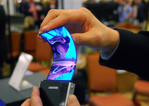 Al CES2013 arrivano i display flessibili di Samsung