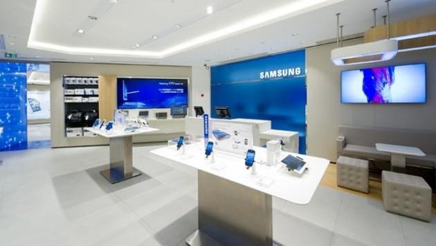 Primo Mobile Store aperto a Parigi da Samsung