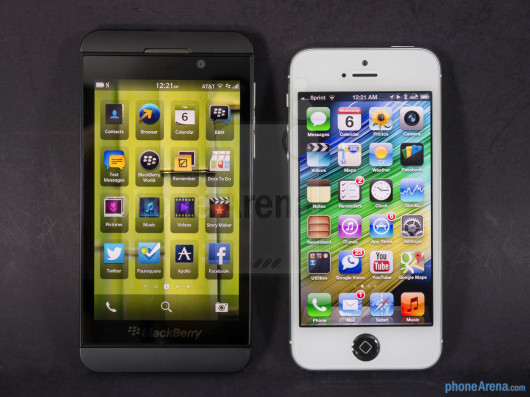 iPhone 5 vs BlackBerry Z10: ecco il videoconfronto