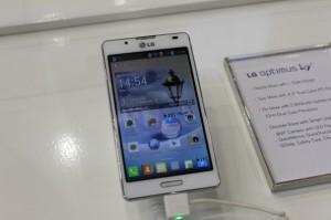 LG-optimus-L7-2