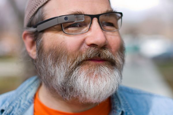 Google Glass compatibili anche con gli occhiali da vista