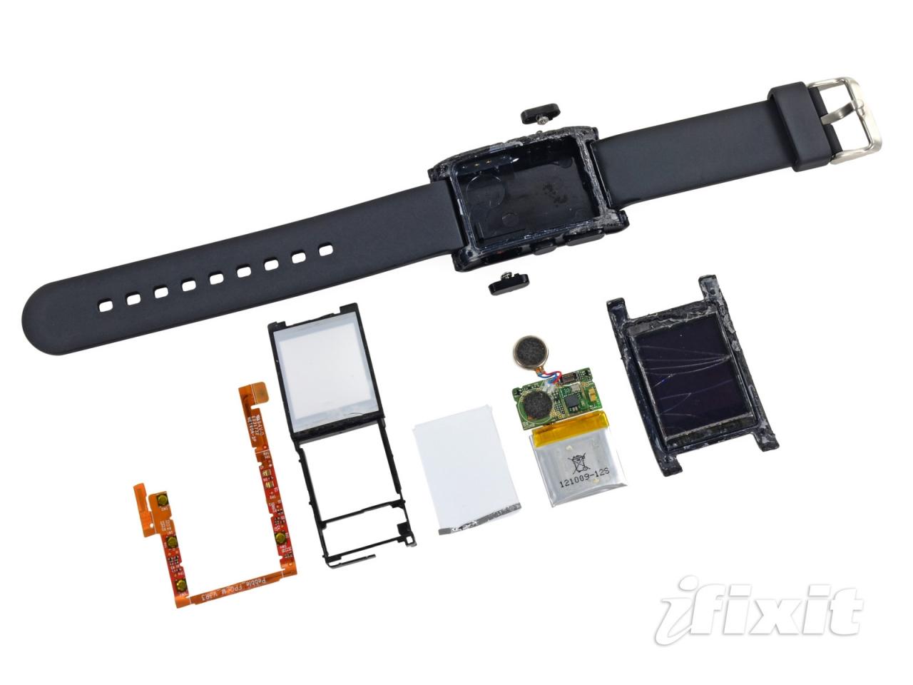 iFixit ha eseguito il teardown del Pebble smartwatch