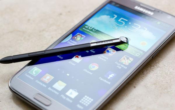 Galaxy Note 2: installiamo l'aggiornamento N7100XXDME6 [guida]