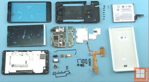 Ecco come è all'interno il nuovissimo Nokia Lumia 625