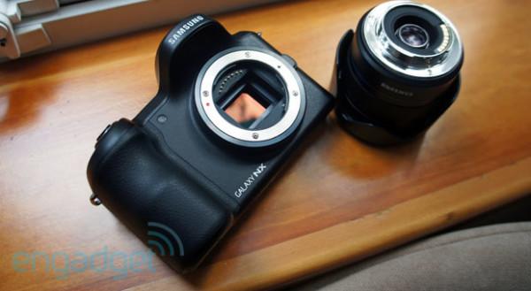 Ecco come si comporta la Galaxy Camera NX in uno studio fotografico! (video)