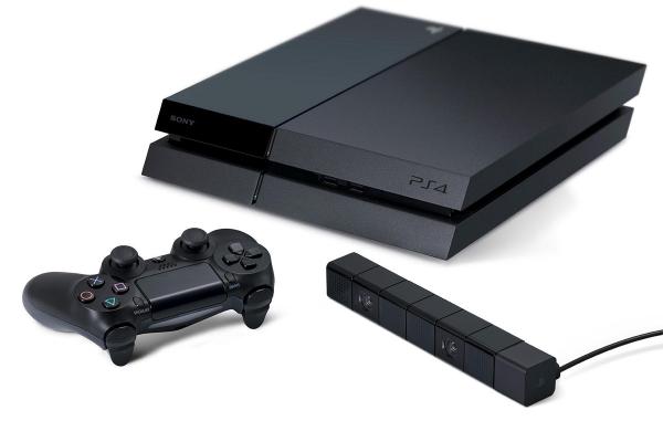 Sony trattiene scorte per permettere a tutti di avere la PS4