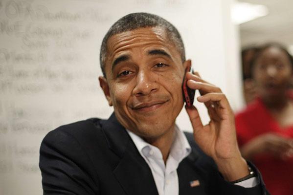 Barack Obama adora gli iPhone, ma non ha l'autorizzazione per utilizzarli!