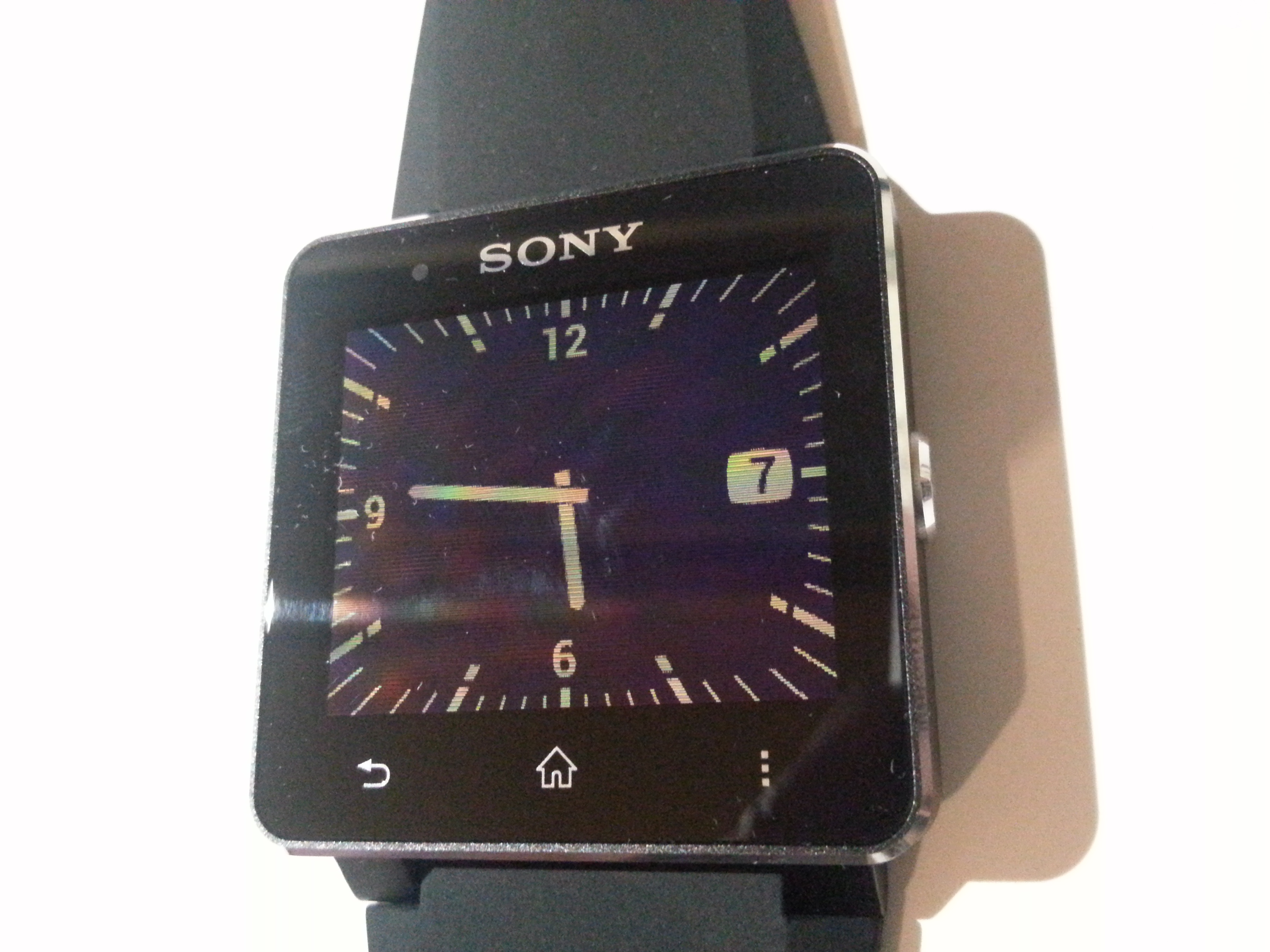 Sony Smartwatch 2: recensione e impressioni di Newsgeek.it