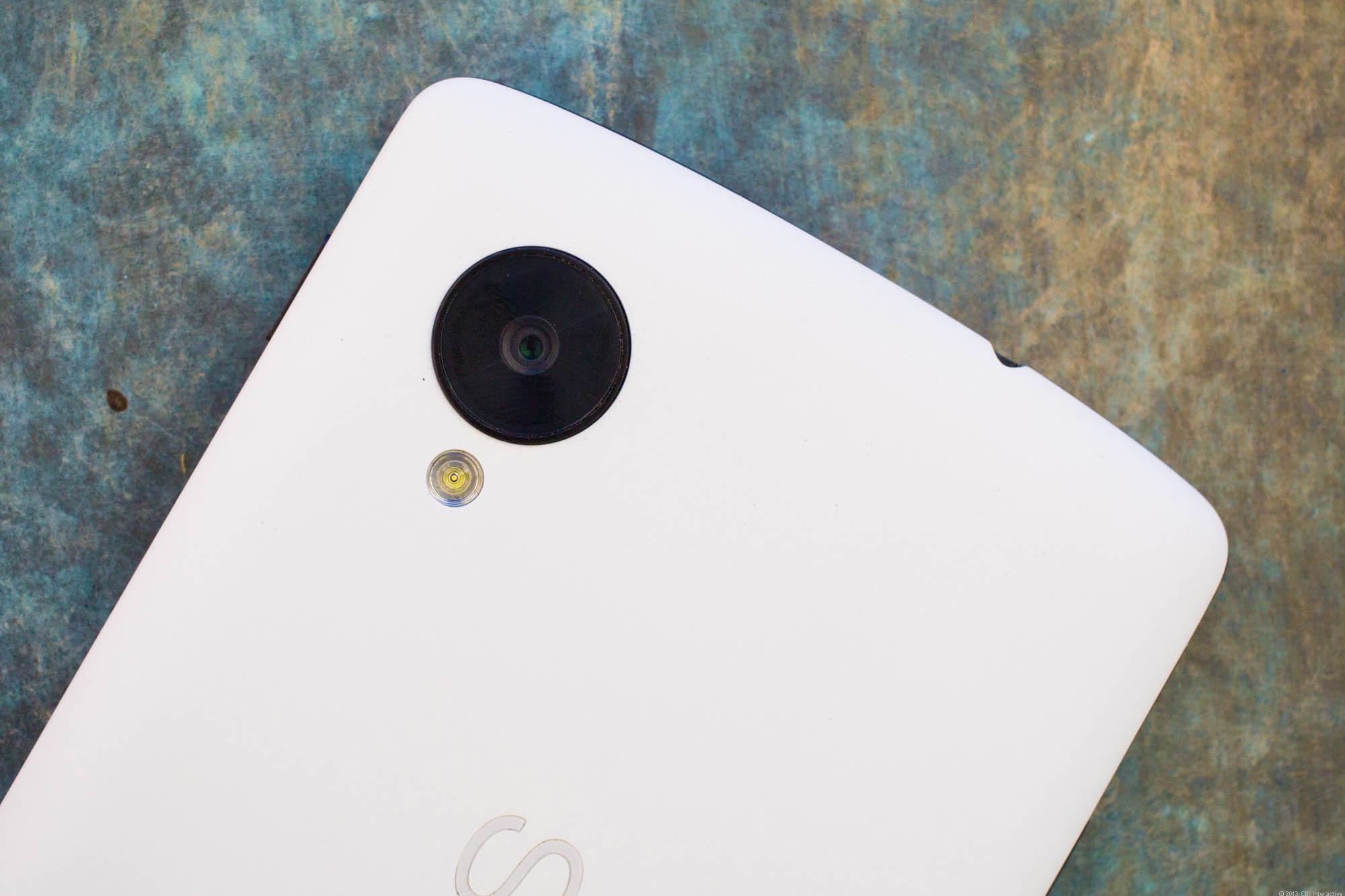 Nexus 5: Google al lavoro per migliorare la fotocamera