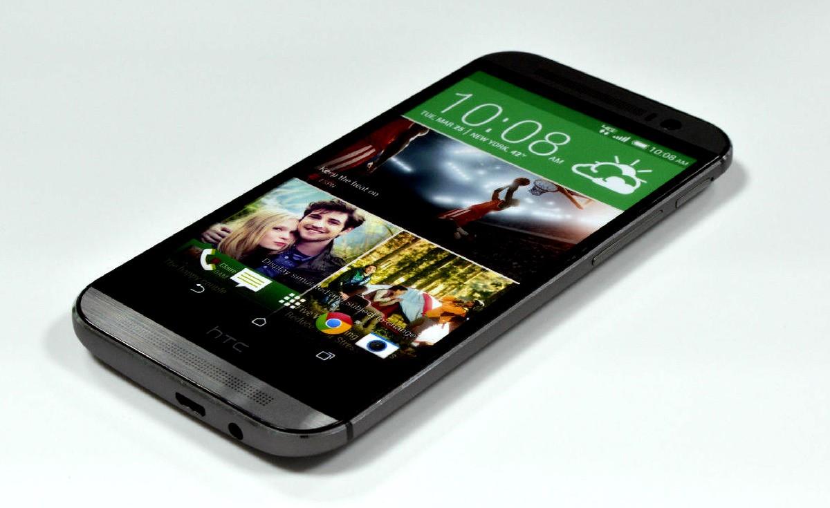 Aggiornamento HTC One M8 ad Android 4.4.3