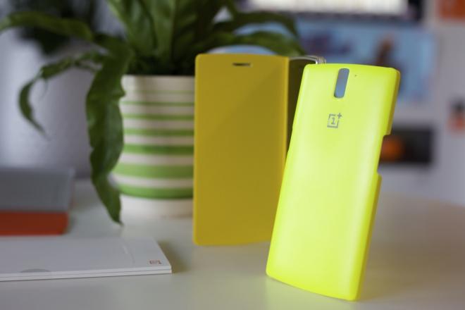 Prime immagini degli accessori ufficiali per il OnePlusOne