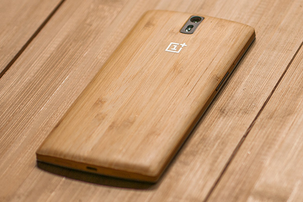 OnePlus One: ecco la back cover in bamboo