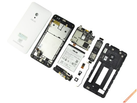 Asus Zenfone 5 è facilmente riparabile: ecco il dispositivo completamente smontato