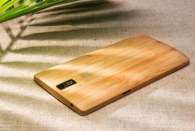 OnePlus One in vendita in Cina con back cover in bambù in edizione limitata