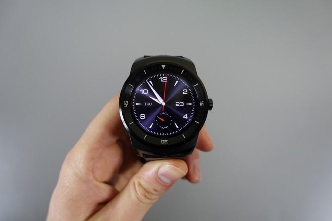 LG G Watch R in pre-ordine su Amazon Francia con spedizioni dal 3 novembre