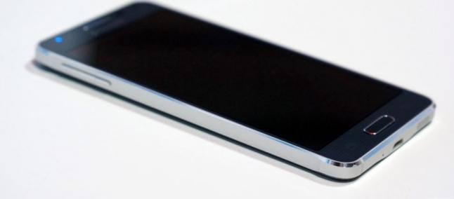 Samsung Galaxy A3 certificato dalla FCC