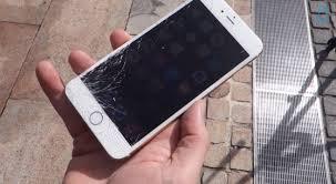 iPhone 6 distrutto da un trapano e da un ferro da stiro