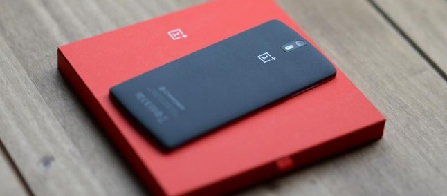 OnePlus One: ecco la prima presunta foto del connettore della SIM del suo successore