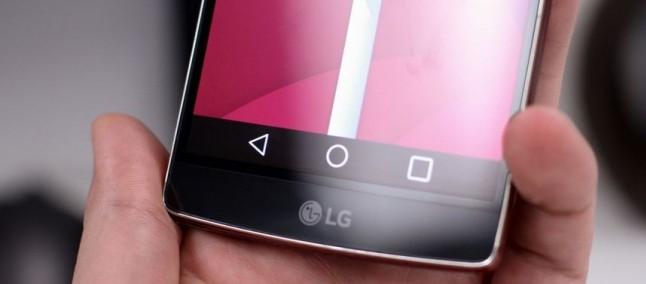 LG G Flex 2: con Vodafone UK in esclusiva dal 28 febbraio in pre-ordine