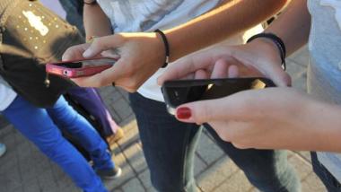 Smartphone mania, gli italiani sono i primi in Europa