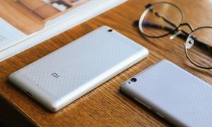 Xiaomi Redmi 3 in 4 varianti