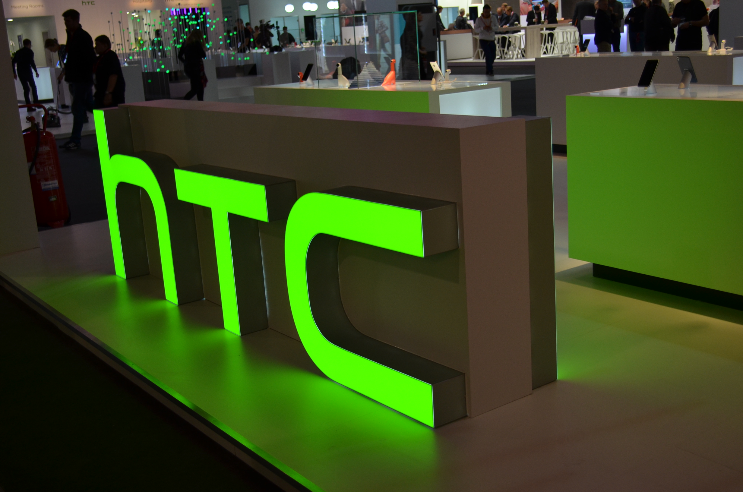 HTC 10, nuovo teaser annuncia foto e selfie di qualità