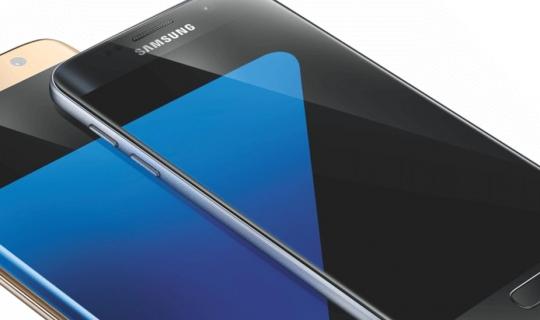 """Samsung Galaxy S7 e S7 Edge vincono il premio di """"Best Smartphone"""""""