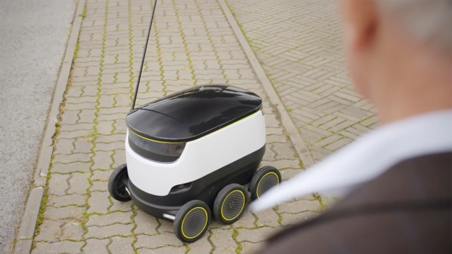 In viaggio con il trolley robot made in Israele