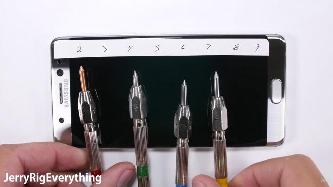 Samsung Galaxy Note 7 si graffia troppo facilmente