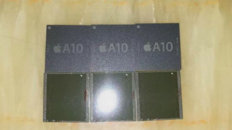 iPhone 7, il chip Apple A10 in foto