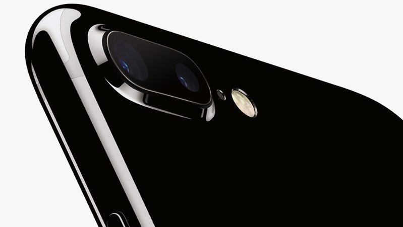 iPhone 7 quasi esauriti, da domani disponibili pochissime unità