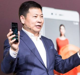 """Huawei: """"entro il 2019 scalzeremo Apple"""""""