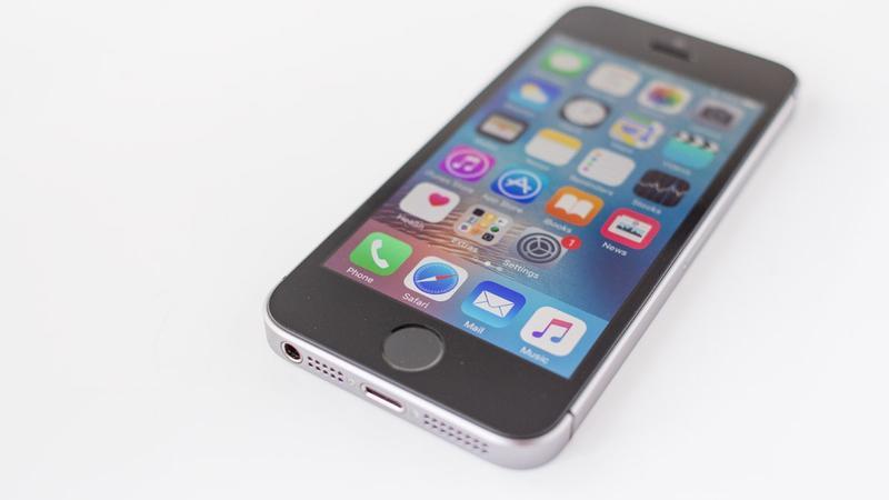 iPhone SE non vedrà mai un erede iPhone SE non vedrà mai un erede secondo KGI Securitiessecondo KGI Securities
