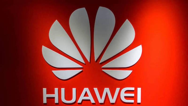 Huawei P20 potrebbe essere il primo smartphone a montare tre fotocamere