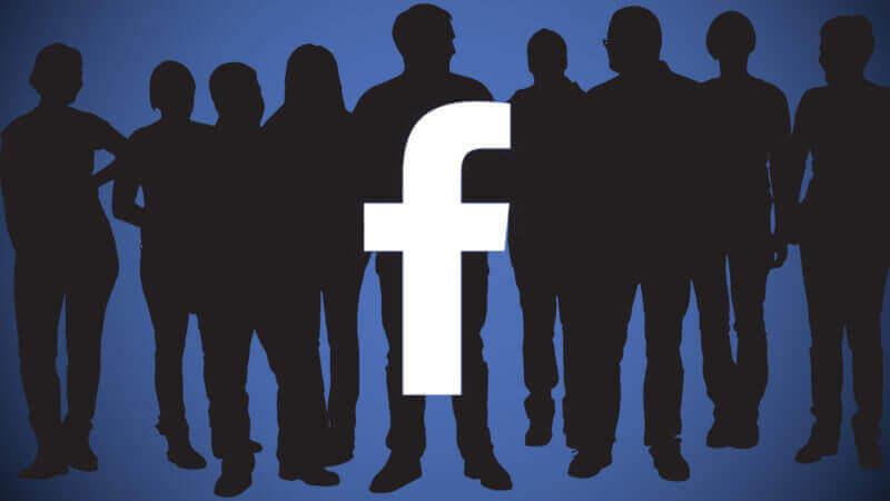 Facebook hackerato, in vendita messaggi delle chat