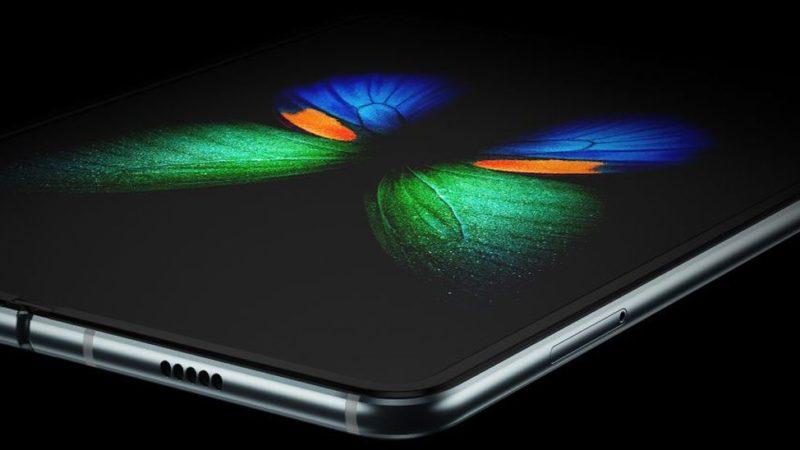 Samsung Galaxy Fold problemi terminati
