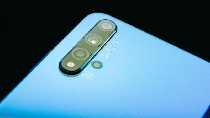 Huawei Nova 6 SE caratteristiche tecniche